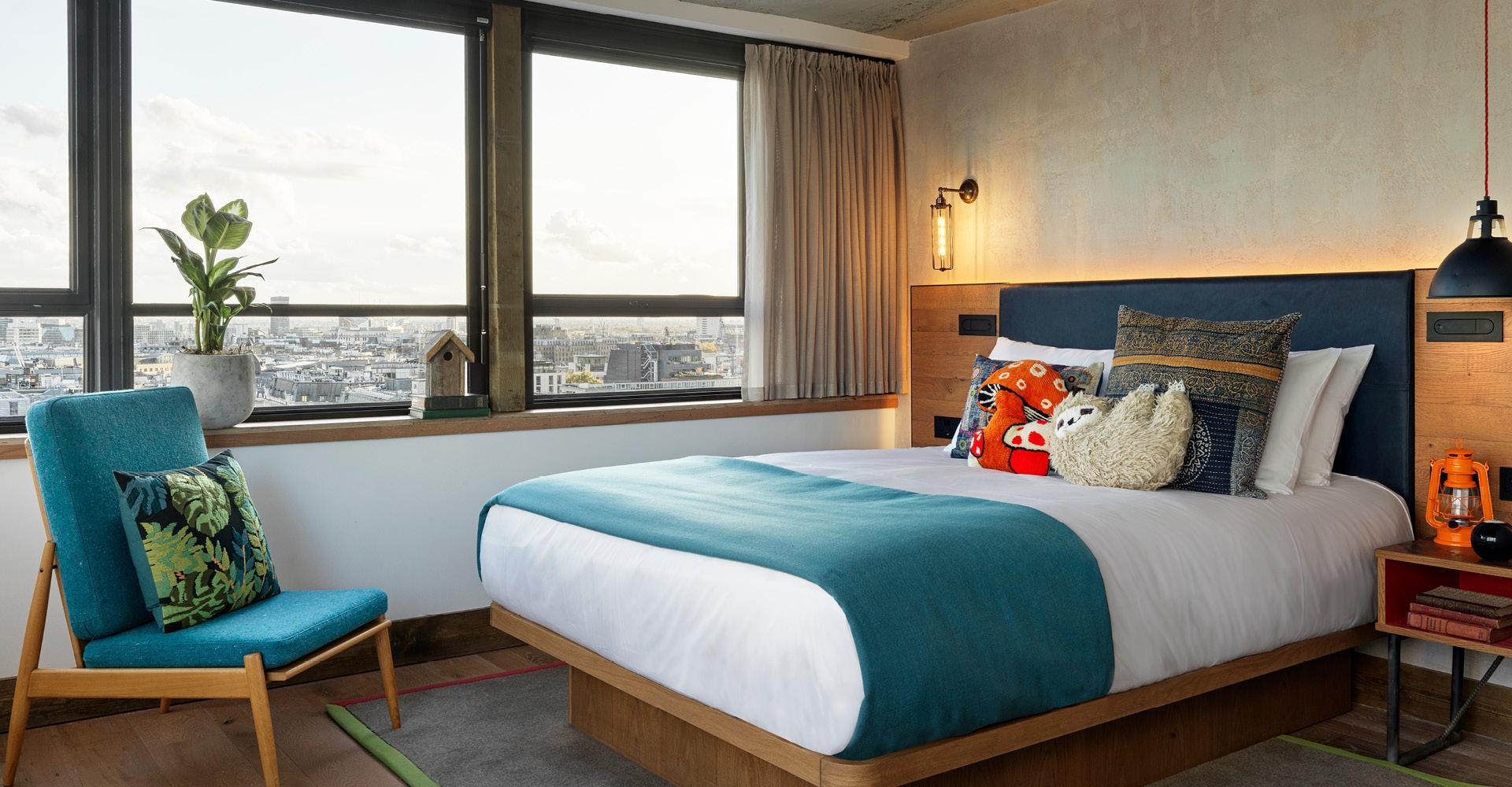 Skyline Queen Bed with Window views